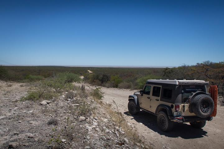 jeep pan botswana1 720x480