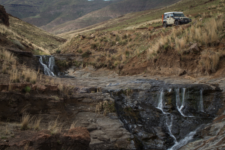 jeep waterfall lesotho 720x480