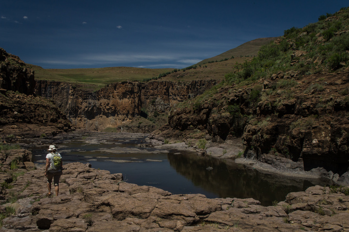 lesotho hiking to waterfall top 720x480