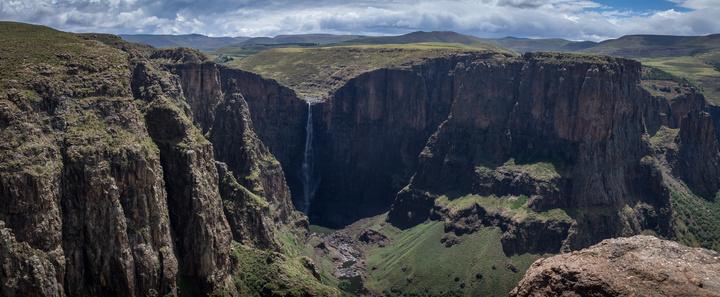 maletsunyane falls canyon panorama 720x297