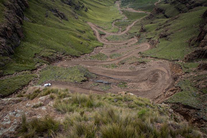 sani pass steep 720x480