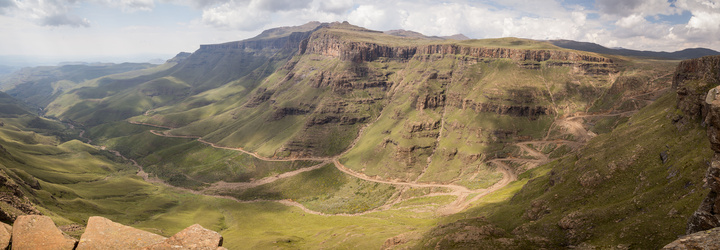 sani pass full pano 720x250