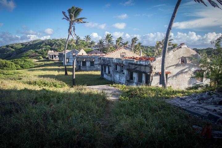 portuguese hotel ruins2 720x480
