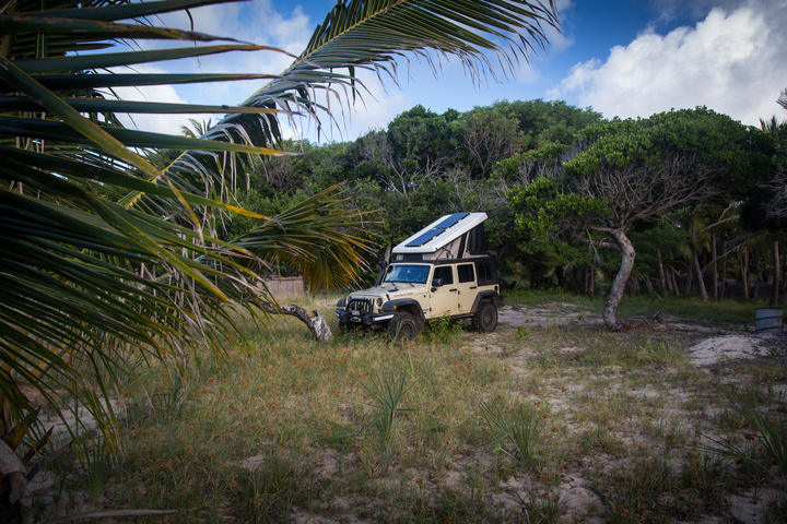 secret beach moz jeep camping 720x480