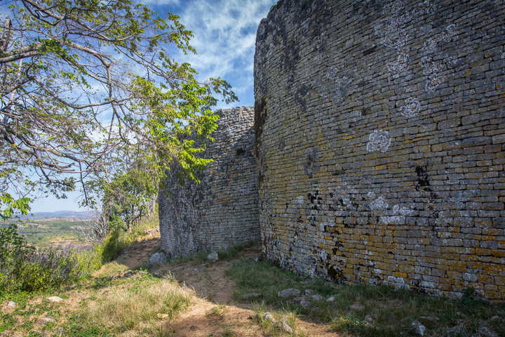 great zimbabwe big wall 720x480