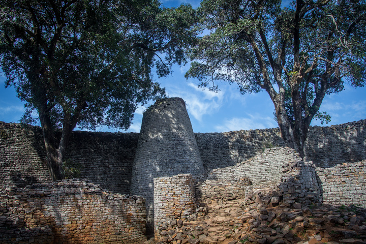 great zimbabwe spire 720x480