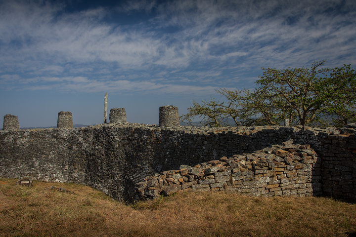 great zimbabwe structure 720x480