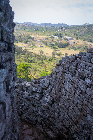 great zimbabwe wall compound1 320x480