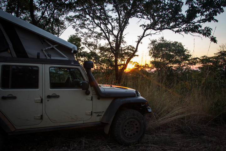jeep camping sunset 720x480