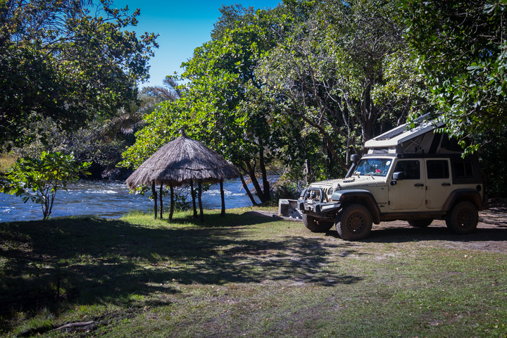 kapishya hot springs camping riverside 720x480