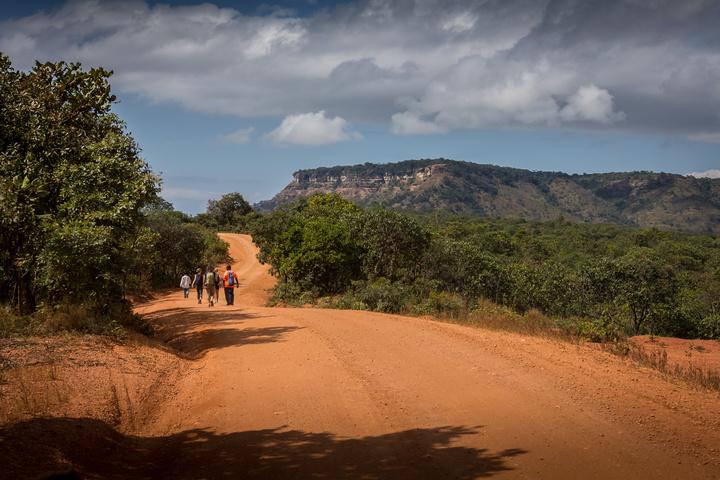hiking near livingstonia 720x480