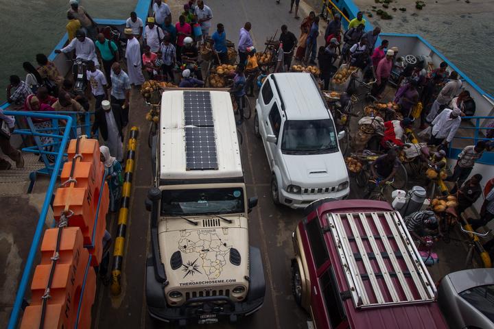 jeep tanzania ferry 720x480