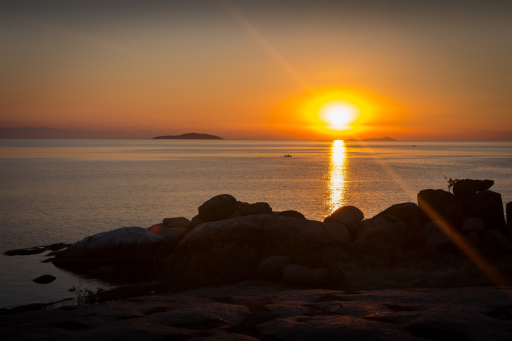 lake malawi sunset 720x480