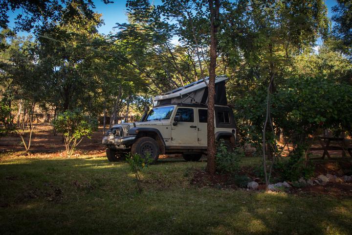 zambia final campsite jeep 720x480