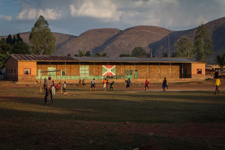 burundi local soccer match 720x480