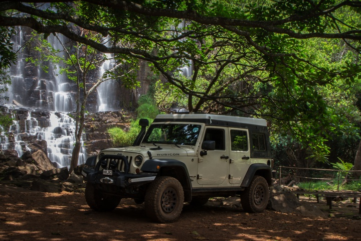 chutes de karera jeep 720x480