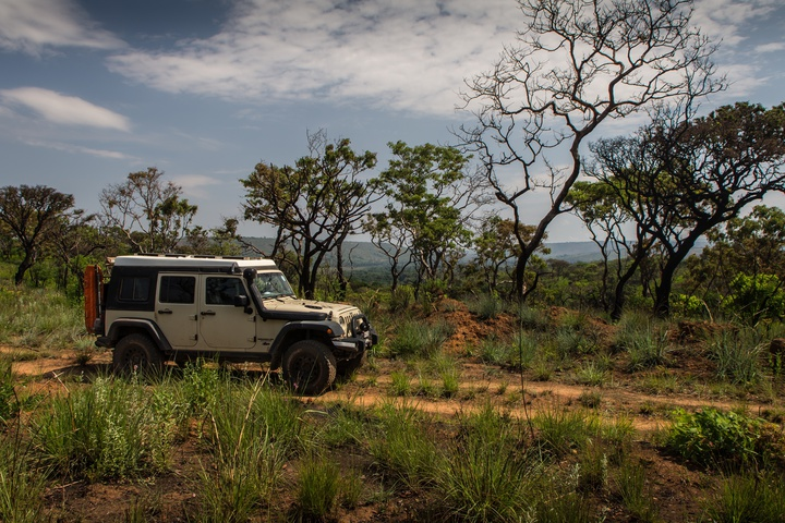 jeep burundi national park 720x480