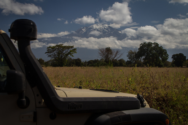jeep kilimanjaro 720x480