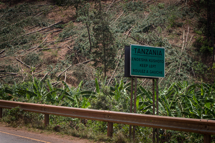 tanzania keep left 720x480
