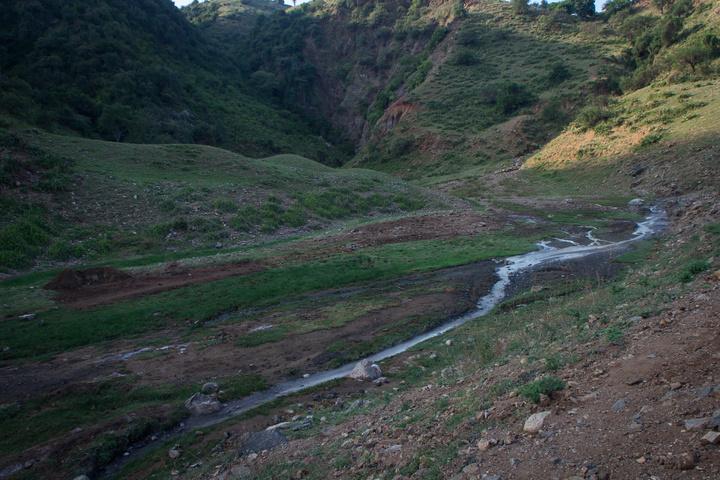 kibiro hot spring valley 720x480