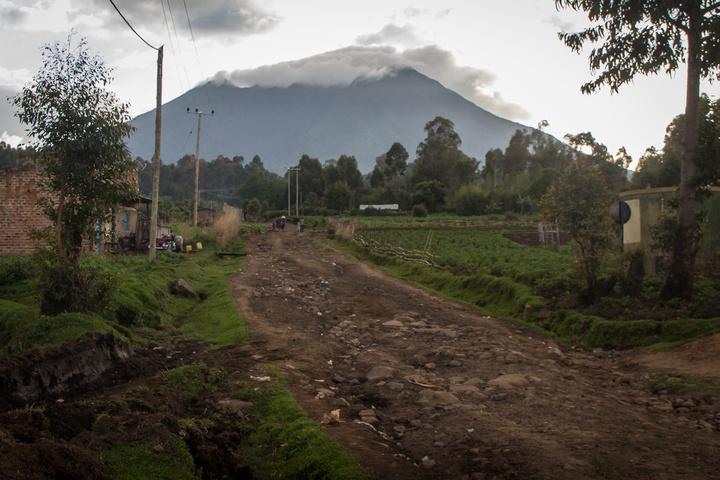 mgahinga volcano 720x480