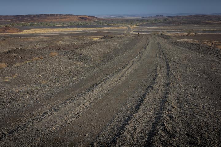 gravel road 720x480