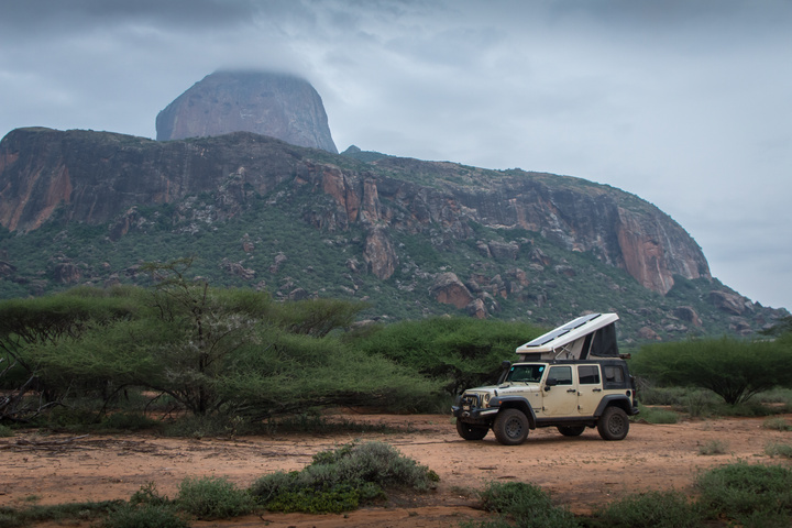 jeep camping mountains kenya 720x480