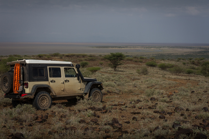 jeep lake turkana 720x480