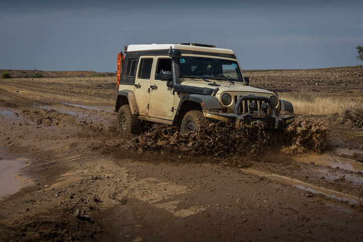 jeep mud splash 720x480