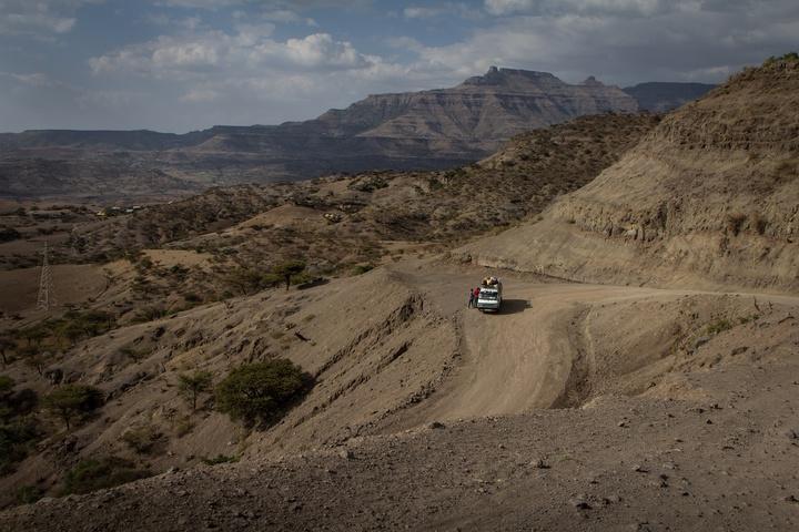 ehtiopia steep mountain roads 720x480