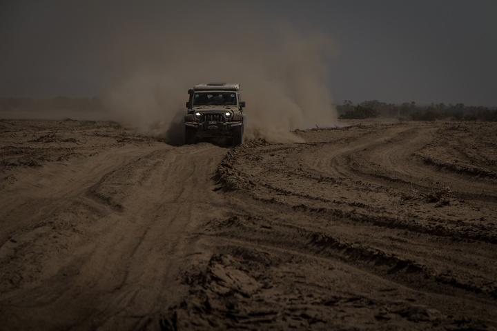 lake abbe jeep dust 720x480