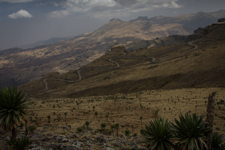 simien mountains switchbacks 720x480
