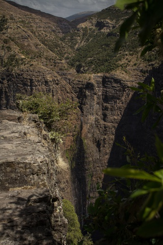 simien waterfall 320x480
