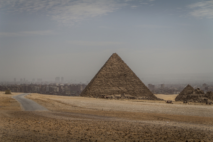 giza pyramids cairo close 720x480