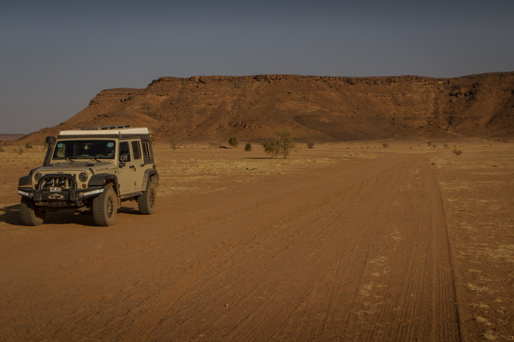 jeep desert roads 720x480