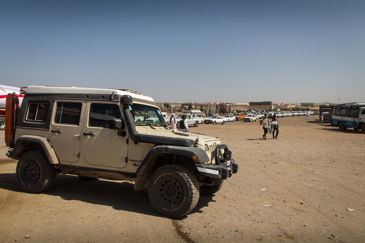jeep gas station line sudan 720x480