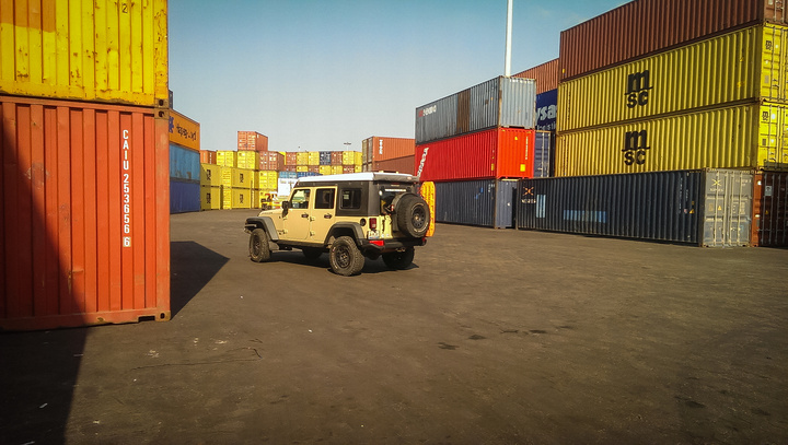 jeep in port 720x407
