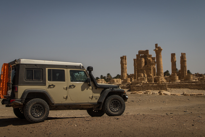 jeep soleb temple 720x480