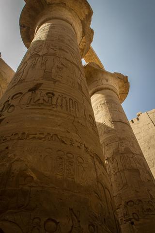 karnak columns straight up 320x480