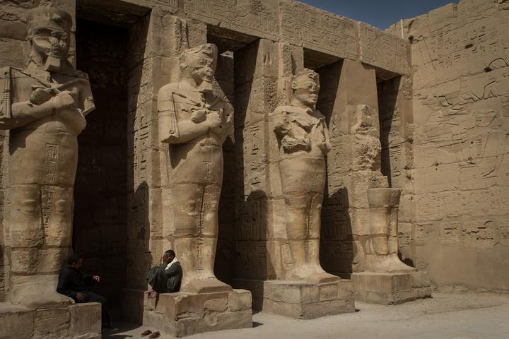 karnak massive sculpures 720x480