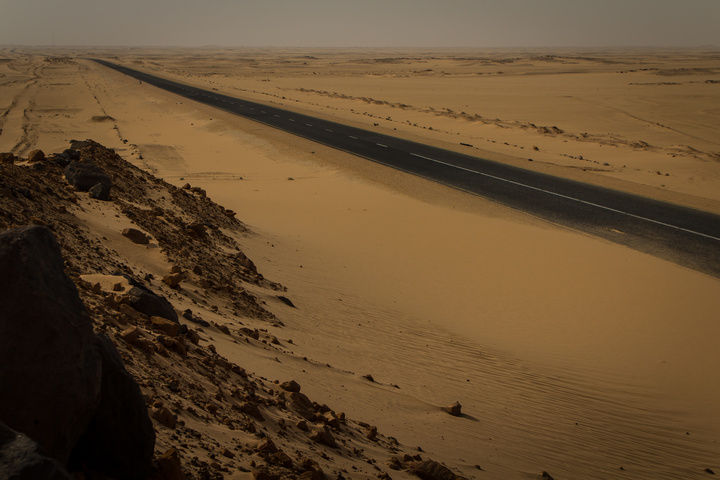 sudan endless road 720x480